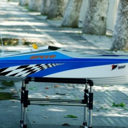 Challenger RC Gas Racing Boat